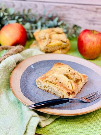 Apfel-Hefekuchen-mit-Streuseln-Rezept-1