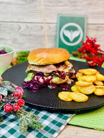 Brioche-Burger-mit-Entenbrust-Rotkohl-Camenbert-Rezept-2