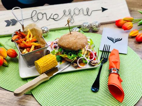 Burger_Pommes_Maiskolben_5_web