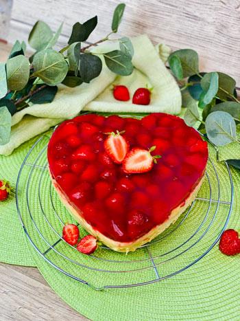 Erdbeerherz_mit_Pudding