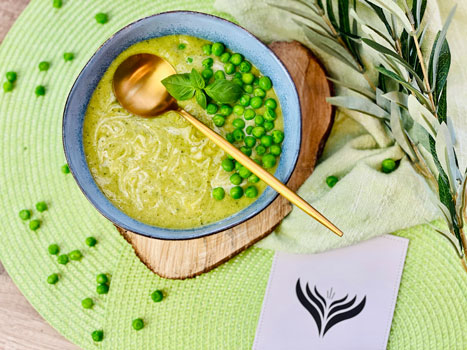Healthy-grüne_Suppe