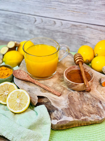 Ingwer-Zitronen-Tee-mit-Kurkuma-Rezept-3