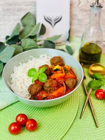 Schnelles_Fleischbällchen-Tomaten-Soßen_Rezept