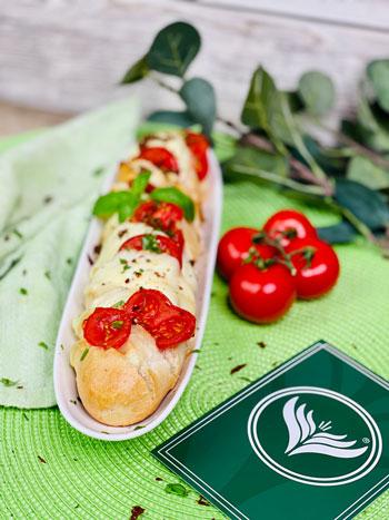 Tomate-Mozzarella-Partybrot-Rezept-3