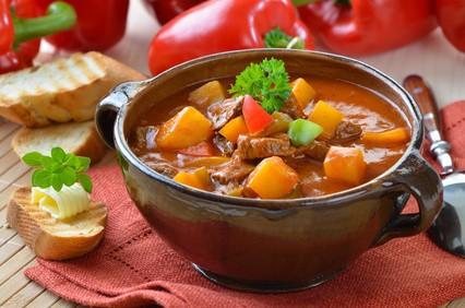 Ungarische gulaschsuppe for Ungarische gulaschsuppe